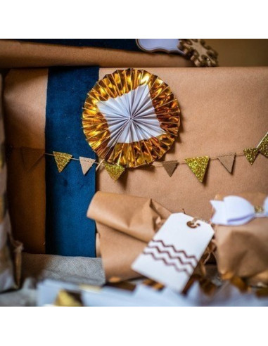 guirlande-mini-fanions-kraft-or-deco-baby-shower-bapteme-anniversaire-mariage